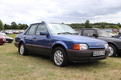 Ford Orion 1.6i Ghia G232LYA (Andrew 2.8i) Tags: festival unexceptional buckinghamshire middle claydon meet show coche voitures voiture autos auto cars euro european sedan saloon escort 1600 ghia 16 16i orion ford g232lya
