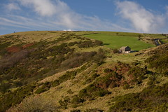 The Old Barn, Peak District National Park, Staffordshire, England. (westport 1946) Tags: england unitedkingdom peakdistrict staffordshire nationalpark bluesky clouds skyline ridge hillside hill hills foothill moorland buildings oldbarn landscape countryside rural rugged outdoor farm farmland fields field scenicarea scenic idyllic picturesque peaceful serene tranquil