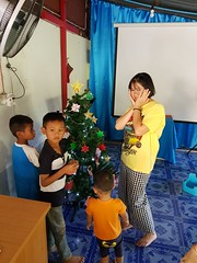 Decorating church Christmas tree 1 (SierraSunrise) Tags: thailand phonphisai nongkhai isaan esarn church christmas tree decorating