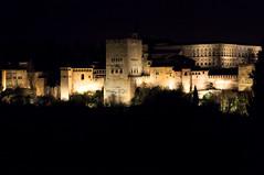 Noche en la Alhambra (U2iano) Tags: alhambra granada noche night andalucia skyline nightlights historia historic arabe palacio palace