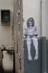 Gaspard Lieb_8219 passage Basfroi Paris 11 (meuh1246) Tags: streetart paris gaspardlieb passagebasfroi paris11 enfant lecture