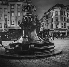 Fountain Queen Astrid Square Antwerp (Ric Evers) Tags: antwerp 120film ilford4 fountain bw station zeissnettar