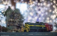JMC_1668trainsnowbokeh1jsm (JayEssEmm) Tags: christmas holiday lights model train tower hill botanic garden boylston massachusetts bokeh snowflake snowflakes