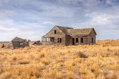 Once Was A Grand Home (rickwil64) Tags: abandoned deserted neglected empty uninhabited rural derelict decay gravel road easternwashinton washingtonstate adamscounty