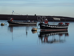 No Ferry Today ! December 2019 (Teignmouth to Shaldon Historic Ferry Teign Passenger Ferry) (guyfogwill) Tags: 2019 autumn bateau bateaux boat boats coastal december devon dschx60 england ferry ferryno4 ferryno5 fogwill gb gbr greatbritan guy guyfogwill historic marine nautical reflection reflections river riverteign shaldon sony southwest teignestuary teignferry teignmouth teignmouthapproaches theshaldives tq14 uk unitedkingdom wetreflection flicker photo interesting absorbing engrossing fascinating riveting gripping compelling compulsive beach vacances water sea ocean