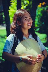 Le sourire (fredericpecheux) Tags: lady portrait people pretty asian asie vietnam vietnamienne woman femme feminine sweet cute beauty lovely amateur beautiful glamour canon 80d