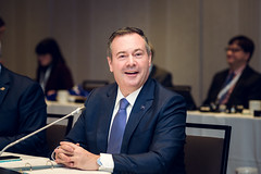 Premier/premier ministre Kenney at the COF meeting/à la rencontre du CDF