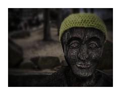 Nightfall (BeMo52) Tags: bank bench cap holz mütze statue wolle wood wool