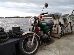 Elbfähre Sandau (michael_hamburg69) Tags: sandau elbe sachsenanhalt fähre ferry vessel simson elbfähre river flus landkreisstendal elbehavelland zweirad kraftrad simsons51 motorrad motorbike