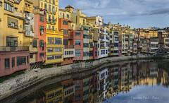 Girona... detall de (Francesc F P) Tags: girona arquitectura carrer catalunya urbana paisatgeurbà
