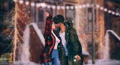 Sari-Sari - Let Love Sparkle II (bento) (AbbyAnne / Sari-Sari) Tags: sarisari sarisarisl stupidmonkey abbyanne sl secondlife original bento pose mesh prop heart sparkler sparkle love holiday festive winter anthem lights party celebrate firework couples