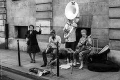 Jazz band. Paris, juin 2015 (Bernard Pichon) Tags: paris france bpi760 artiste musique jazz rue fr75 musicien danse