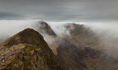Dave Dear on the West Peak of Y Lliwedd - Snowdonia - Wales (Nick Livesey Mountain Images) Tags: