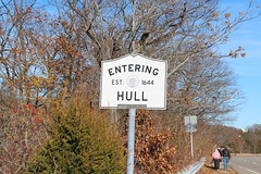 Hull,MA (Stephen St-Denis) Tags: hull massachusetts townline sign plymouthcounty enteringmass