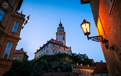 King of the Hill (dlerps) Tags: amount cz ceskykrumlov czech czechrepublic daniellerps eu europeeuropa lerps photography sony sonyalpha sonyalpha99ii sonyalphaa99mark2 sonyalphaa99ii httplerpsphotography lerpsphotography tower twilight evening night bluehour castle light architecture building civiltwilight carlzeiss planar5014za planart1450 státníhradazámekčeskýkrumlov carlzeissplanar50mmf14ssm statecastleandchateaučeskýkrumlov