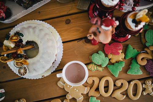 Traditional Christmas table decoration.