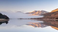 Snowdon Horseshoe from Llynnau Mymbyr (William Rigby) Tags: capelcurigpinnacles mist wales unitedkingdom inversion betwsycoed pinnacles northwales morning lake sunrise reflections snowdon horseshoe goldenhour llyn llynnaumymbyr mountsnowdon snowdonhorseshoe