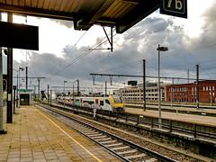 Mechelen Railway Station II (CloudBuster) Tags: malines mechlin mechelen belgium belgië la belgique railway station treinstation public transport openbaar vervoer nmbs perron platform spoor wachten waiting trein treinen tijd time