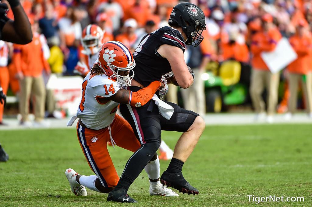 Clemson Photos: Denzel  Johnson, 2019, Football, South  Carolina