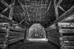 Barn Interior, 2019.09.22 (Aaron Glenn Campbell) Tags: cadescove visitorcenter townsend nps smokymountains gsmnp tennessee 3xp â±3ev hdr barn building outdoors architecture textures bw blackandwhite nikcollection analogefexpro viveza sony a6000 ilce6000 mirrorless emount rokinon 12mmf2ncscs wideangle primelens manualfocus ±3ev