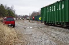 y&s 102 (Fan-T) Tags: ys 222 gp18 youngstown southern souhteastern negley garbage unload landfill ohio shortline ibcx