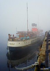 PS Waverley in the fog River Clyde Scotland (herr flick A700) Tags: fog sony river glasgow scotland boat sonya7m3