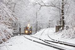 Winter Wonderland...with Alcos! (Colin Dell) Tags: dl delawarelackawanna alcos alco dl1804 dl2457 lhf train local laurelline switchback customer