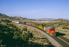 ATSF 688 West at Laguna, NM (thechief500) Tags: atsf bnsf gallupsubdivision railroads laguna newmexico unitedstatesofamerica santaferailway