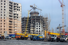 "Finishing soviet-era projects (Bayandur ""Rhayader"" Pogosyan) Tags: architecture urbanphotography yerevan armenia"
