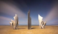 Monumento a los héroes. (fusky) Tags: normandía francia héroes hero european wwii war monumento france longexposure canonespaña cpsespaña