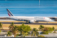 [PPT.2019] #Air.France #AF #Boeing #B777-200 #F-GSPD #awp (CHRISTELER / AeroWorldpictures Team) Tags: airfrance af afr airlines airliner european france airplane aircraft avion plane boeing b777 b772 777228 er msn29005187 ge ge90 fgspd spotting planespotting papeete faaa airport international ppt tahiti frenchpolynesian polynesie pacific south spotter planespotter christelerstephane avgeek aviation photography aeroworldpictures awpteam chr nikon d300s nef raw lightroom nikkor 70300vr 2019 ntaa