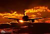 EC-MLE_1 (www.enniofoto.com) Tags: vueling atardacerinelprat landinginthesun2019 a320 rwy25r barcelonanight sunsetlight costabrava tramonti atardacer