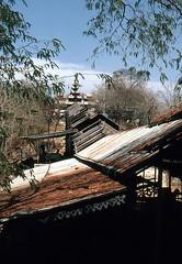 Treppenaufstieg zum Mandaly-Hill (walter 7.8.1956) Tags: 1981 burma myanmar mandaly asien kuthodawpagode