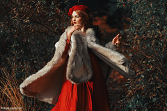 French (Andreas-Joachim Lins Photography) Tags: andreasjoachimlins ancient batis28135 berggarten carlzeiss e fantasy fashion female frozen girl hannover jumerianox outdoor people portrait woman young zeiss