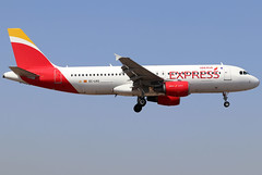 EC-LKG_04 (GH@BHD) Tags: eclkg airbus a320 a320200 a320214 iberiaexpress arrecifeairport lanzarote iberia ib ibe aircraft aviation airliner arrecife ace gcrr