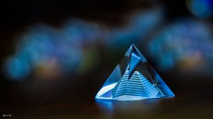 #LowKey - 7798 (✵ΨᗩSᗰIᘉᗴ HᗴᘉS✵84 000 000 THXS) Tags: lowkey pyramid pyramide blue geomery bokeh macro belgium europa aaa namuroise look photo friends be yasminehens interest eu fr party greatphotographers lanamuroise flickering challenge sony sonyrx10m3 sigma sigmaart