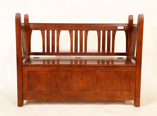 Stickley Mission Style Storage Bench with lift top seat ($448.00)