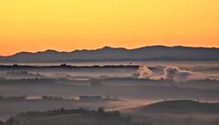 Fassa alba (momentcollection) Tags: fassabortolo vapor monferrato fog hills dawn