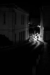 Caldas da Rainha (Hendrik Lohmann) Tags: streetphotography street streetlife streetlove streets urban urbanphotography urbanlife urbanmoments urbannights menschen monochrome people portugal caldasdarainha nightshot nikonz6 nikonphotographer blackandwhite bnw bwstreet bw