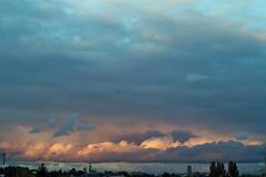 Wolken Berlin Ullsteinhaus 3.10.2019 (rieblinga) Tags: berlin wolken himmel ullsteinhaus 3102019 abendhimmel