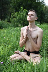 Yoga boy (uomomare) Tags: yoga summer summertime sports athletic outdoor portrait arrideophotography boy young slim