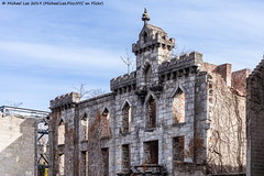 Smallpox Hospital (20191129-DSC01234) (Michael.Lee.Pics.NYC) Tags: newyork rooseveltisland architecture cityscape skyline sony a7rm4 fe24105mmf4g ruins smallpoxhospital landmark