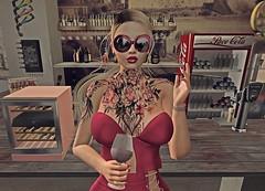 Bars Girl  🍷 (danaorianaor) Tags: juna junkfood vision euphoric doux swallow