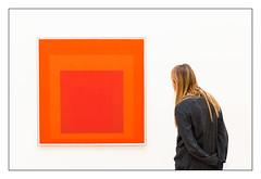 Squares (st-schulte) Tags: k20 düsseldorf museum art kunst quadrat squares people re orange white
