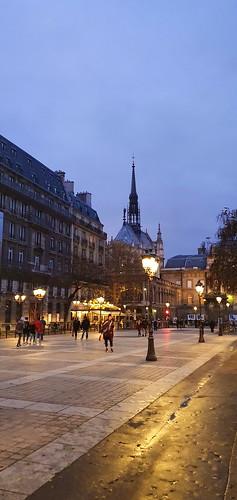147 Paris Novembre 2019 - la Sainte Chapelle dans l'ïle de la Cité
