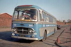transporter 909 MOP (Martha R Hogwash) Tags: 909 mop ford thames 676e plaxton panorama ludlow brothers birmingham stock car transporter gary kent mapleton ashbourne