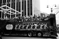 000532030009.jpg (BrianEden) Tags: filmisnotdead blackandwhite manhattan shootfilm trix newyorkcity nyc canonsureshotowl 35mm film kodak