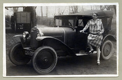 "Opel 4/12 PS (Vintage Cars & People) Tags: vintage classic black white ""blackwhite"" sw photo foto photography automobile car cars motor 1920s 20s twenties opel opel4ps laubfrosch girls mädchen mädel women lady dame flapper flappers stockings silkstockings dollyshoes maryjanes maryjaneshoes"