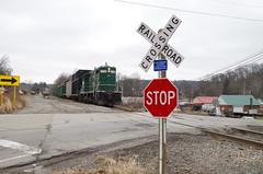 y&s 093 (Fan-T) Tags: ys youngstown southern southeastern 1706 gp16 negley ohio shortline plw ibcx