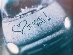Suzy Snowflake was here ❄️ (BLACK EYED SUZY) Tags: iphone mobile car winter suzysnowflake snow fiat love amore